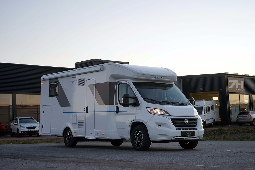 Adria Sun Living S 75 SC / OBS SOLCELL!