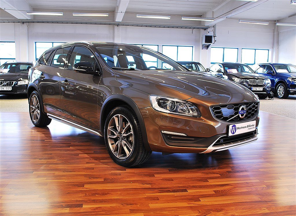 Volvo V60 D4 AWD Cross Country Summum