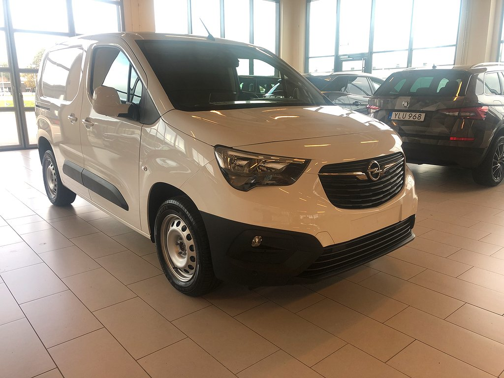 Opel Nya Combo BUSINESS L1H1 1.5 Diesel 130 S/S AT8
