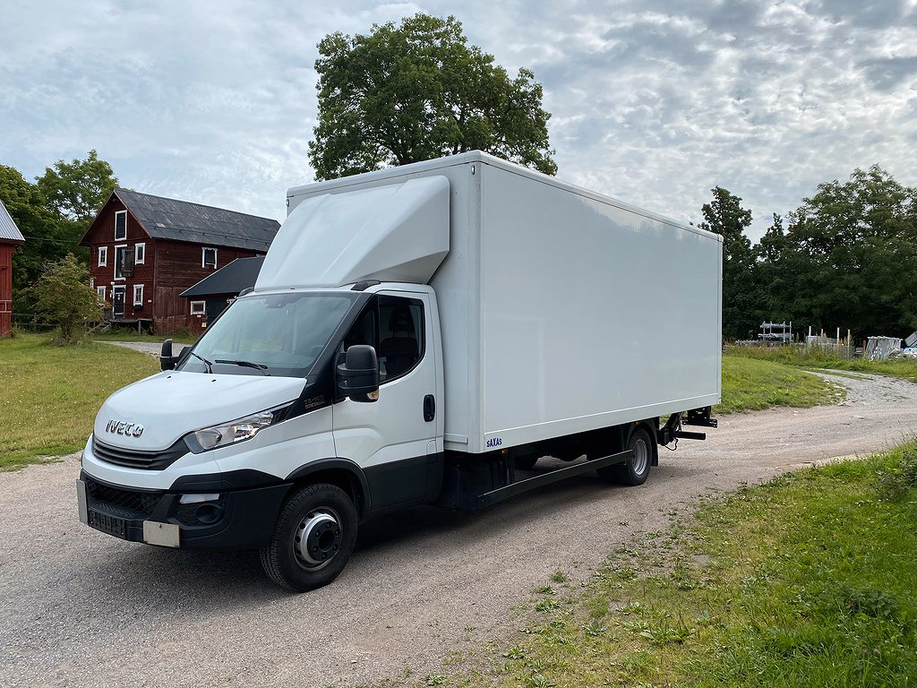 Iveco Daily 72C17 Bakgavellyft 15 pall Euro6