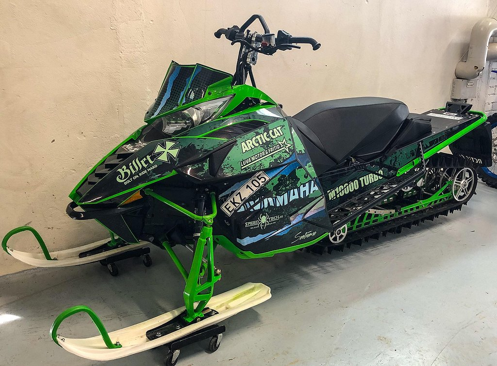 Arctic Cat M7000 153