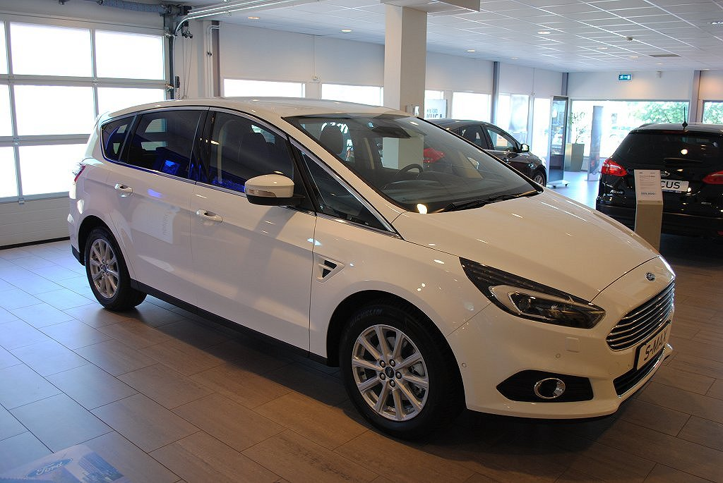 Ford S-Max 2.0T EcoBoost 240hk Aut Business 7-sits, El-drag
