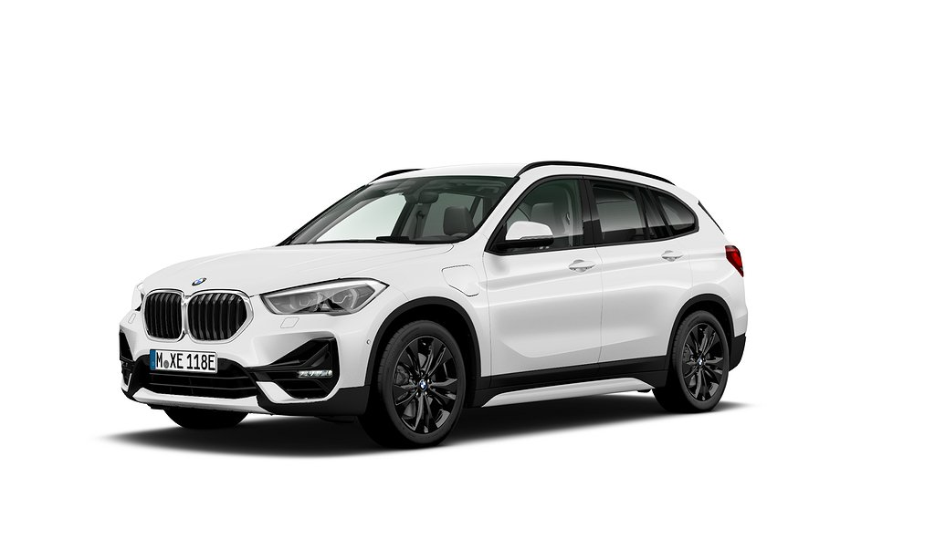 BMW X1 xDrive25e/ Model Sport/ Connected