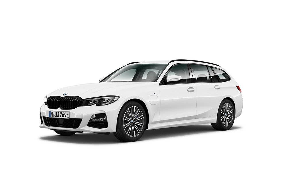 BMW 330e Touring iPerformance   Model M Sport   Connected