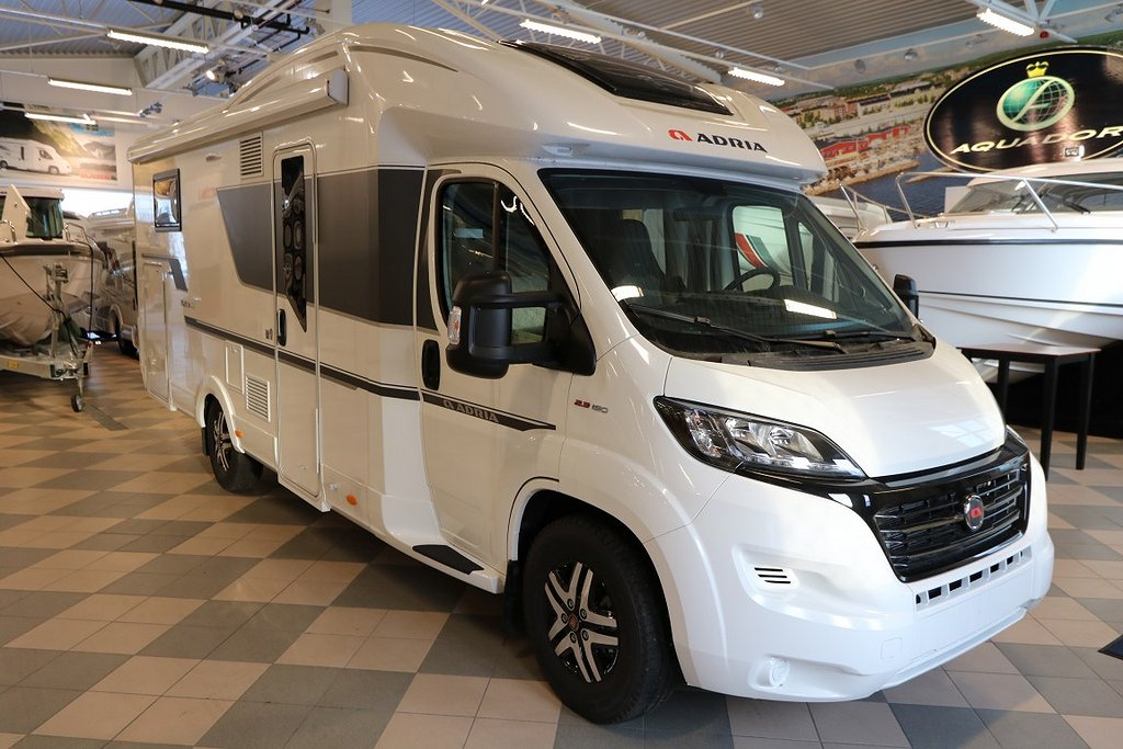 Adria Matrix Plus M 670 SC 150HP 43H
