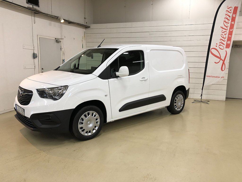 Opel Combo Business 1,5 130hk 8AT