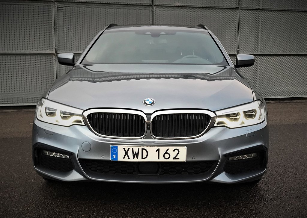 BMW 530 d xDrive M-Sport Touring Innovation Ed.