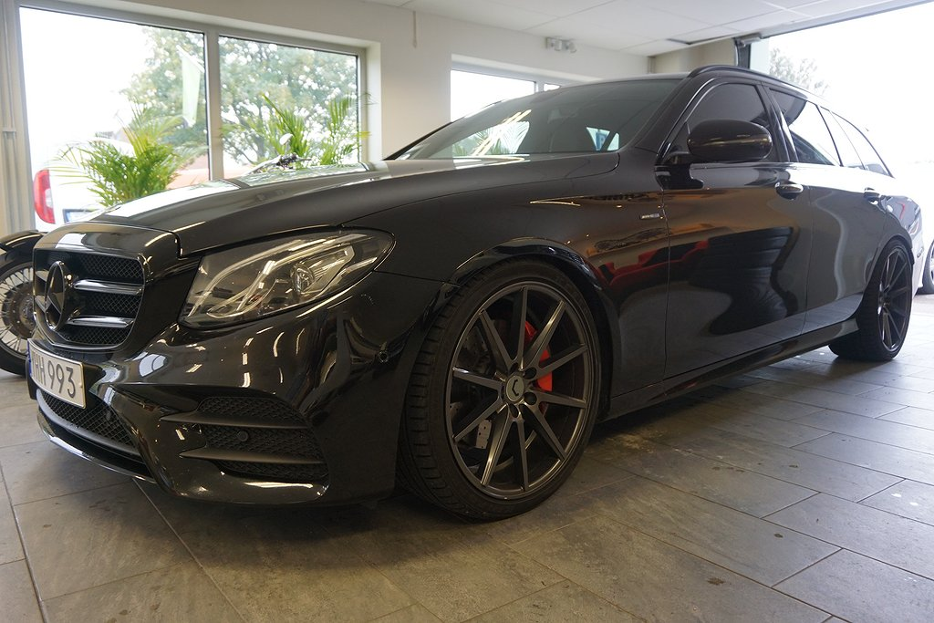 Mercedes-Benz E 220  AMG BLACK EDITON