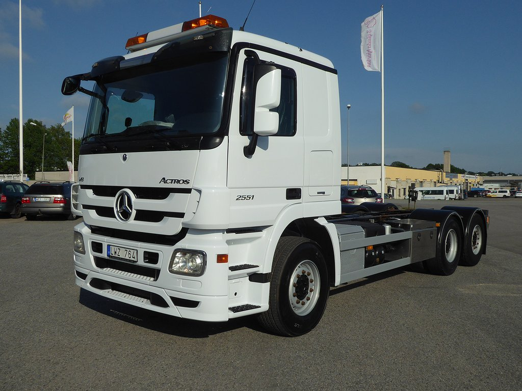 Mercedes-Benz Actros 2551 6x2*4 V8 Chassi