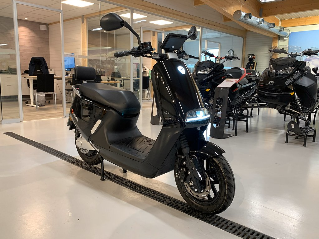 YADEA G5 Elmoped DEMO