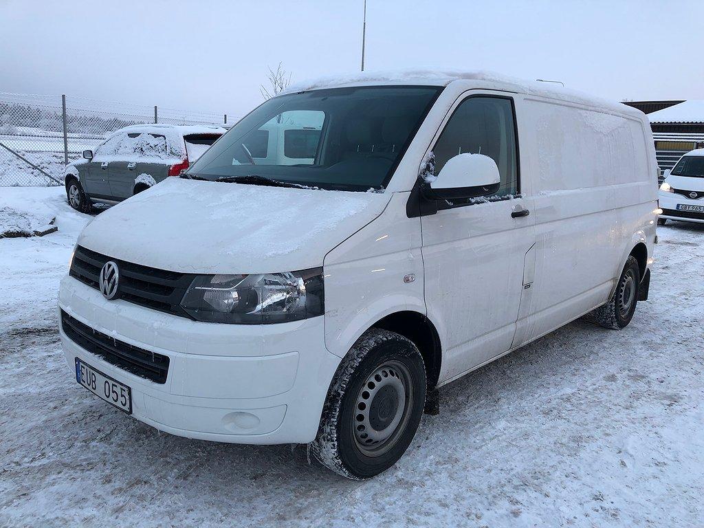 Volkswagen Transporter T5 2.0TDI LÅNG 3-SITS DRAG 2-ÅRS GARANTI