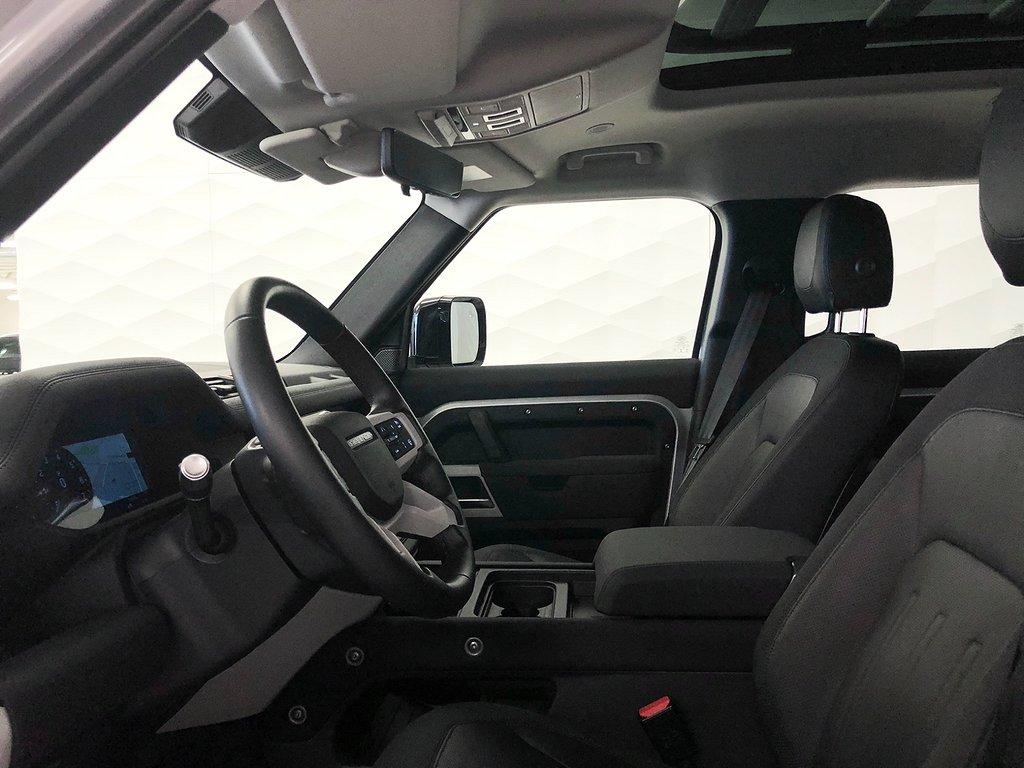 Land Rover Defender 110 P400 SE / Explorer Pack