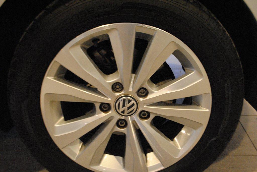 Volkswagen Golf 1.0 TSI 110hk DSG 5d