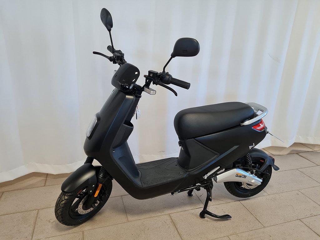 LV S4 El-moped