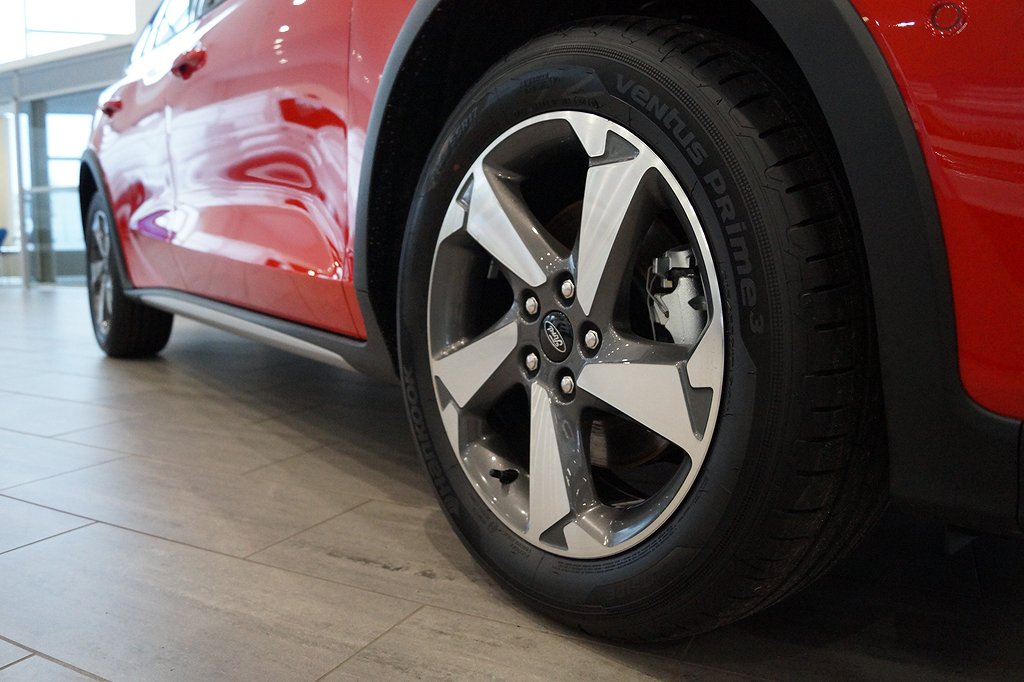 Ford Focus *1.95%ränta&5000kr i fritt bränsle* 1.0T EcoBoost 125hk Ac