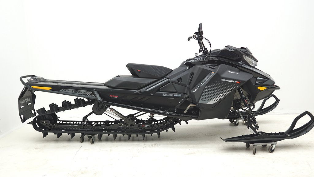 Ski-doo SUMMIT X 165 850 SHOT