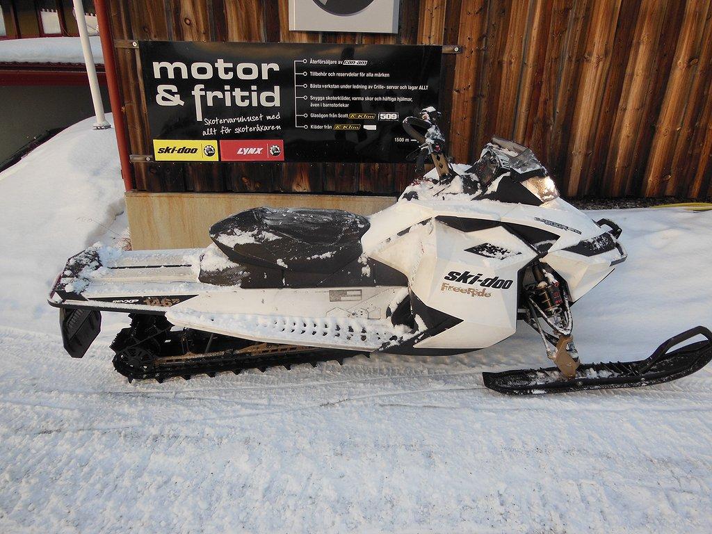 Ski-doo Freeride 146 800 e-tec