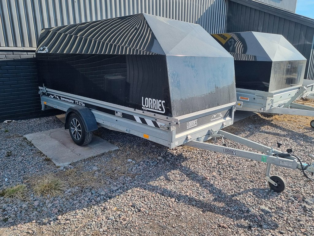 Lorries Snowmaster TT 375 i Demovagn