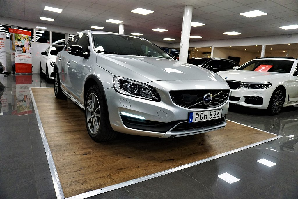 Volvo V60 Cross Country D4 AWD Geartronic Summum Euro 6 190hk