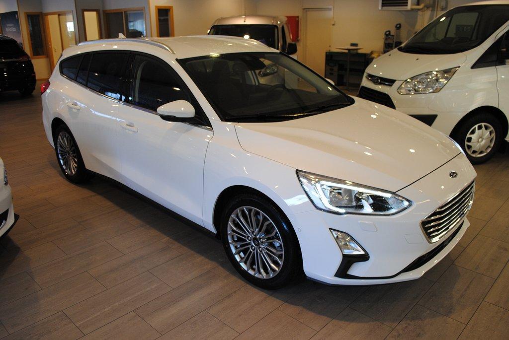 Ford Focus Nya 1.0T EcoBoost 125hk Titanium Kombi