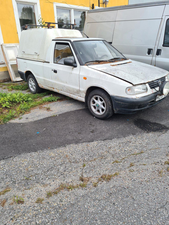 Volkswagen Caddy pickup 1,9  sd