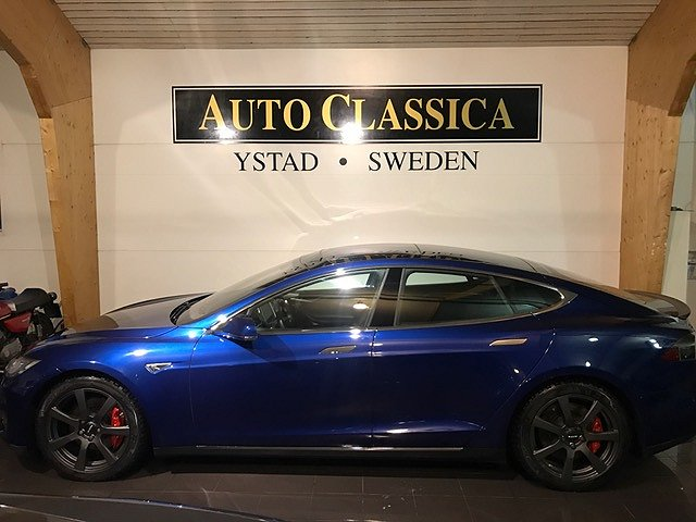 Tesla Model S P90D Ludicrous 772 HK