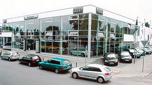 From the small Trabi repair shop to a major Volkswagen partner: Welcome to Auto Zellmann (Berlin)