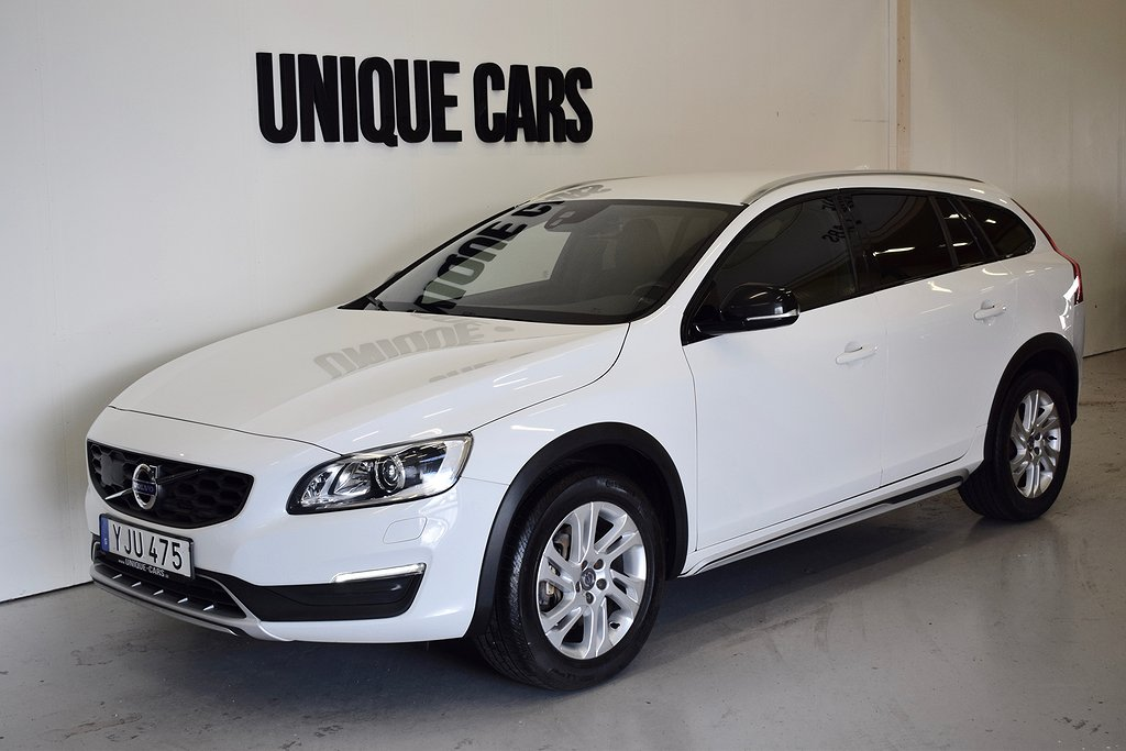 Volvo V60 Cross Country D4 AWD Bus Adv Navi Drag