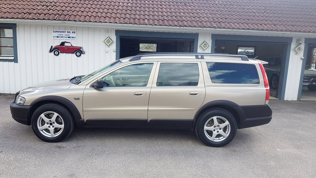Volvo XC70 D5 AWD Automat Nybes