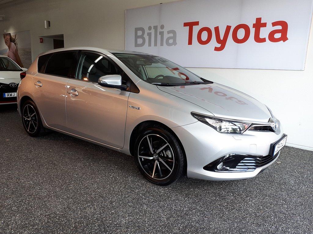Toyota Auris 1.8 HSD Intense Edition 5-D