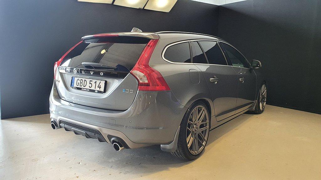 Volvo V60 D5 Momentum R-Design 225hk / Drag