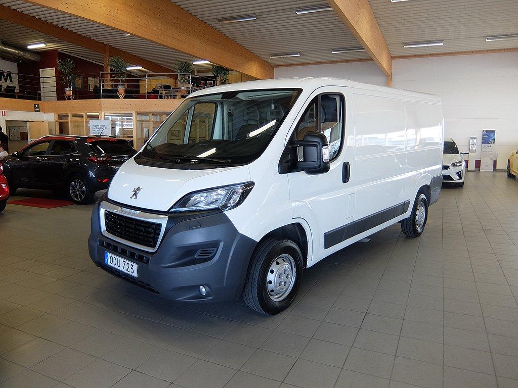 Peugeot Boxer L2H1 2.0 BlueHDi 131hk (Dieselvärmare)