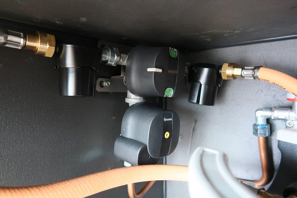 Husbil-integrerad Kabe TMI 860 LQB Imperial 13 av 43