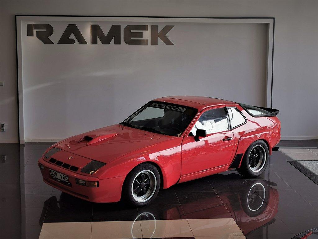 "Porsche 924 Turbo ""Carrera GTS"""
