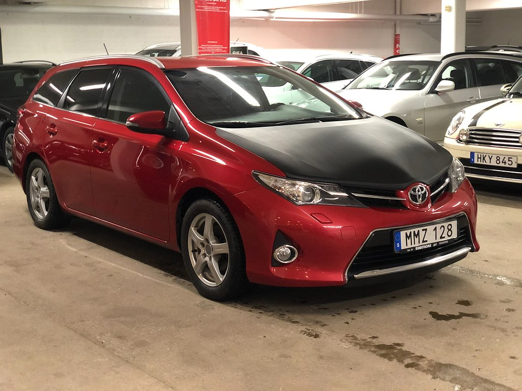 Toyota Auris Touring Sports 1.6 132hk