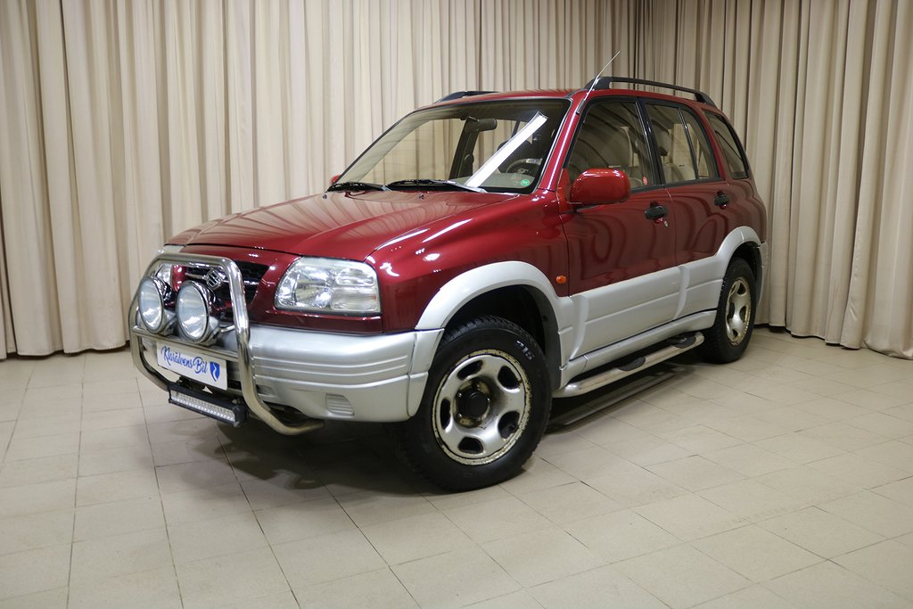 Suzuki Grand Vitara 5-dörrar 2.5 4WD Automat 144hk
