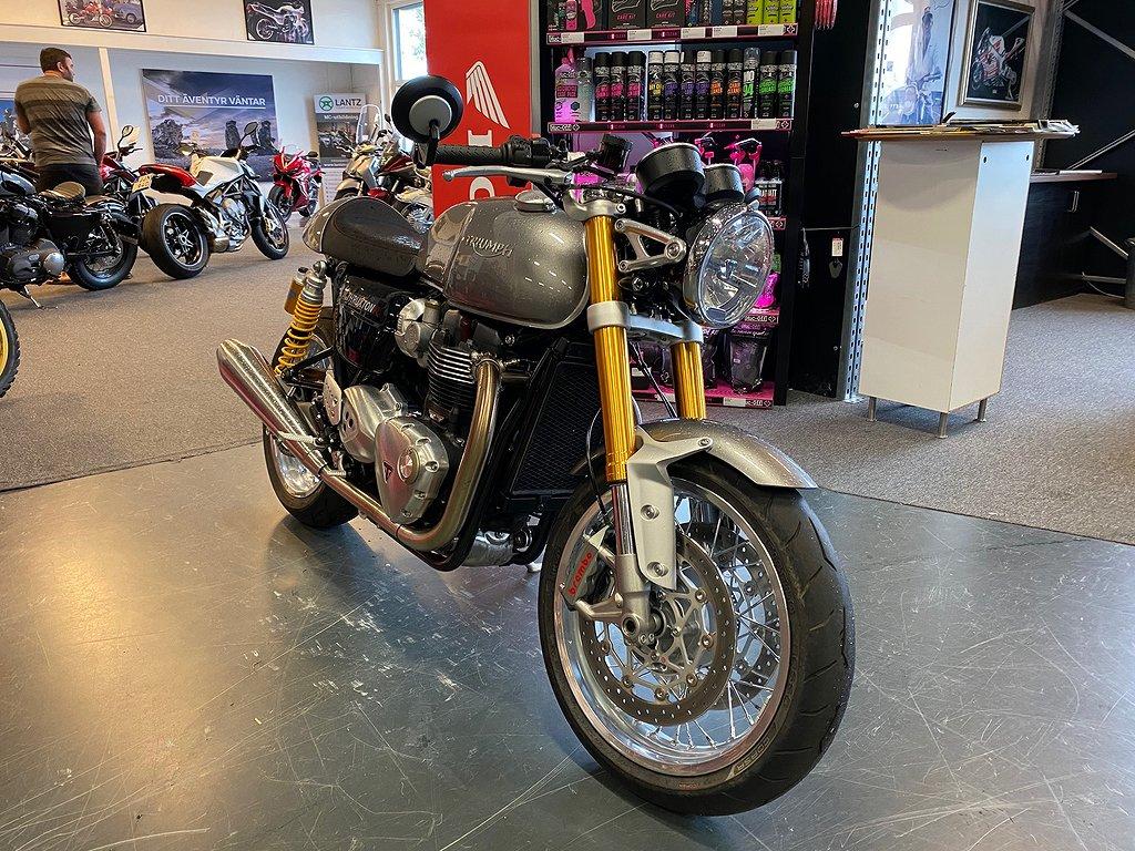 Triumph Thruxton R  1200cc