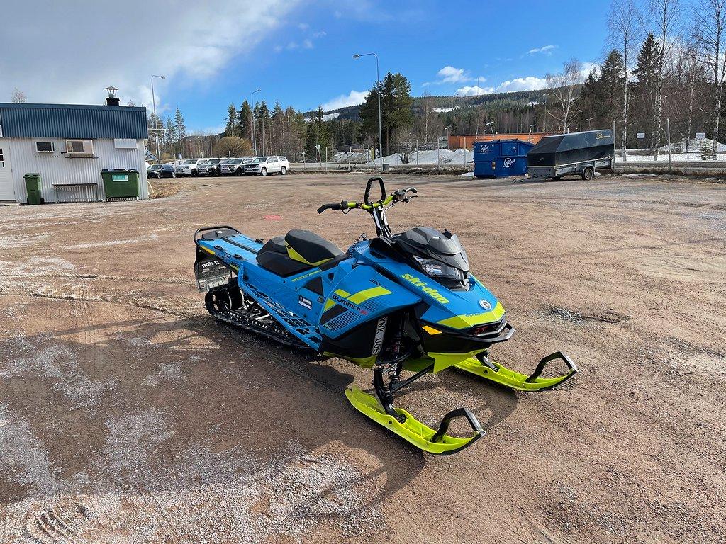 Ski-doo Summit X 154 850 ELSTART Garanti