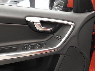 Volvo V60 D5 AWD Twin Engine (163hk) Momentum