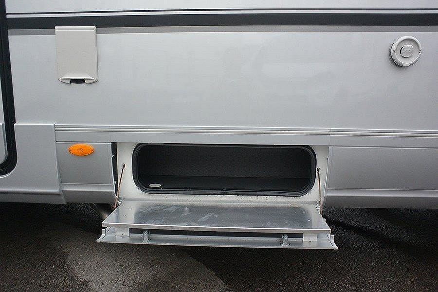 Adria Sonic Supreme 810 SL *Hydrauliska stödben*AC Bodel* - Adria