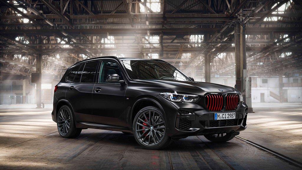 BMW X5 med Black Vermilion