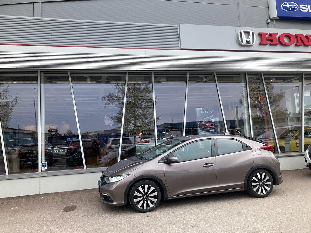 Honda Civic 1.6 i-DTEC Elegance ADAS och Bränslevärmare
