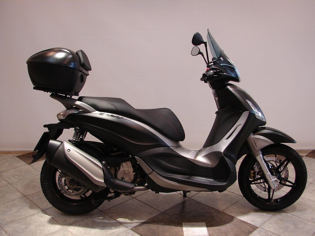 Piaggio BEVERLY 350 ABS  12 Mån garanti