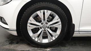 VW Passat 2.0 TDI BiTurbo Sportscombi 4MOTION (240hk) Executive