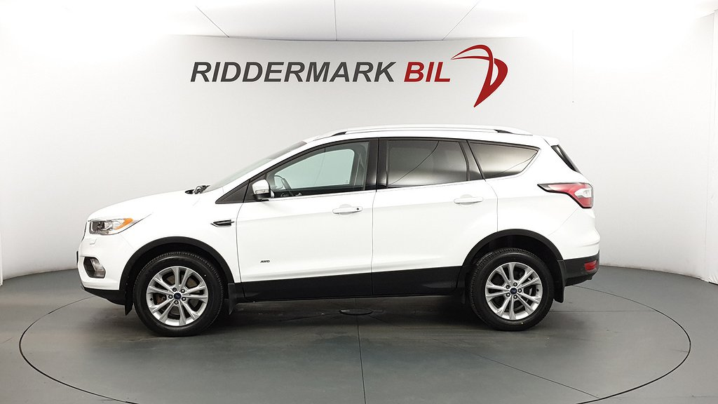 Ford Kuga 2.0 TDCi AWD 180hk Titanium CarPlay Drag