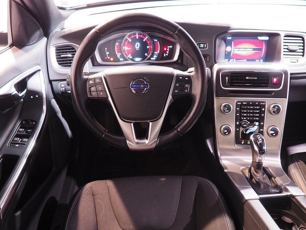 Volvo S60 D3 Automat Momentum Classic Euro 6 150hk 2018