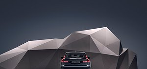 Studio images - the refreshed Volvo V90 Cross Country Recharge T8