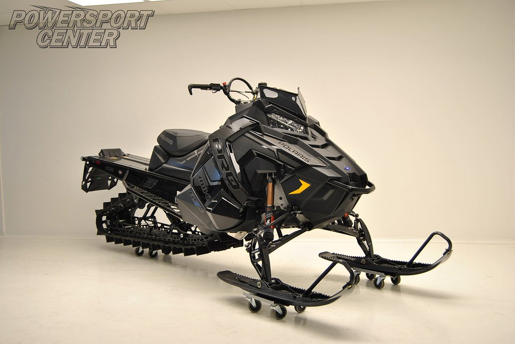 Polaris 850 PRO-RMK 155 FOX