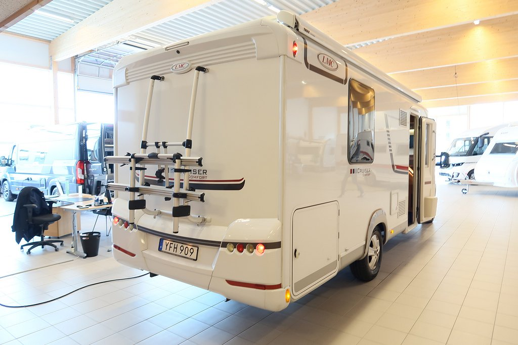 Husbil-halvintegrerad LMC Cruiser Comfort T 732 ALDE 4 av 22