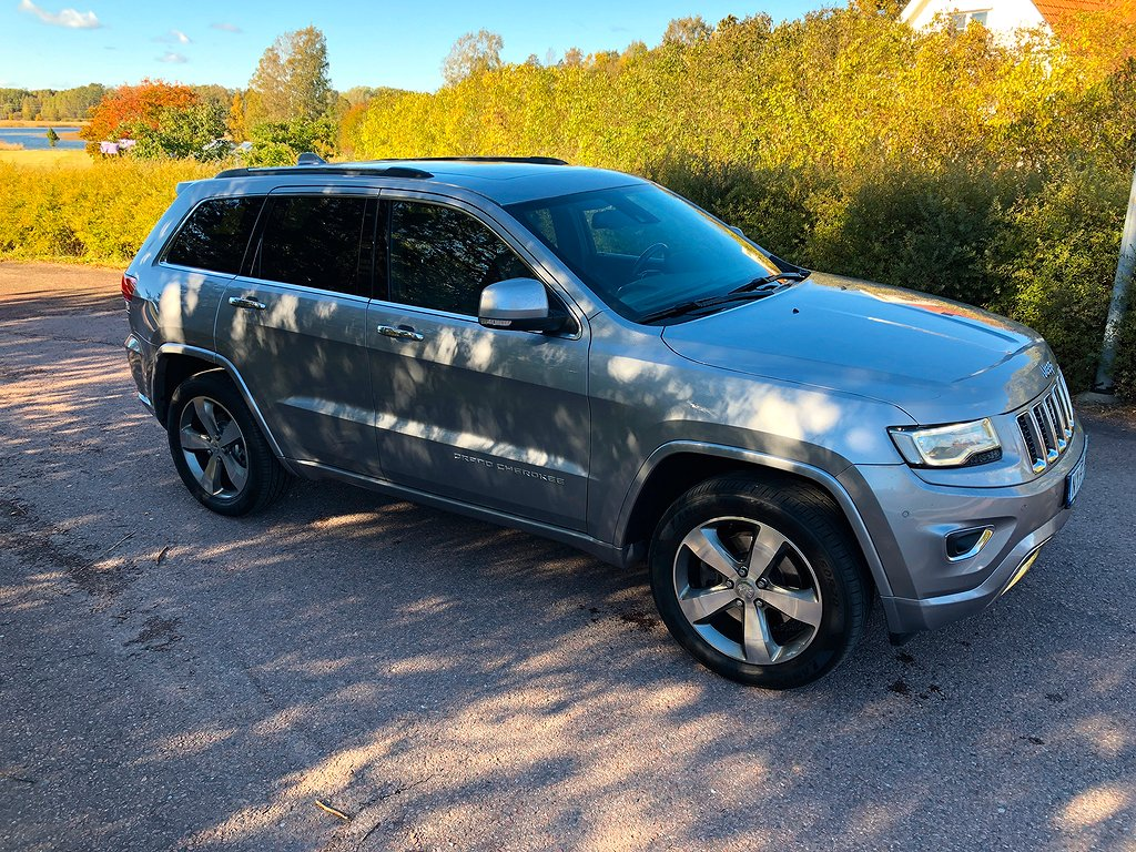Jeep Grand Cherokee 3,0 CRD 250HK AT8 Overland